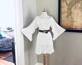 Bell Sleeve Vintage 70s White Crochet BoHo wedding Mini dress Hippie Desert Wedding Dress 1970s Sheer LACE Angel Sleeve MiNi Festival Dress