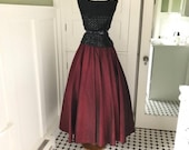 Vintage Formal Skirt 60s womens Cranberry Red Long Full Maxi Skirt Mad Men Rockabilly Secretary Costume High Waisted Skirt Size Small