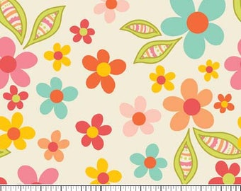 Riley Blake Fabric, Sweet Nothings by Zoe Pearn, C5001 Flowers on Cream