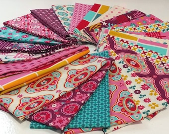 Domestic Bliss, 24 Fat Quarters by Liz Scott for Moda Fabrics, Quilting Fabric Scraps