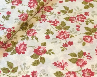 Garden Roses Fabric by the Yard, In The Beginning Fabrics, Elizabeth Rose by Gray Sky Studio, Garden Roses in Cream--3GS-1