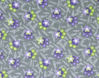AE Nathan Fabric, December Quilters Collectibles by AE Nathan & Co, 4360-99 Daisy Chain