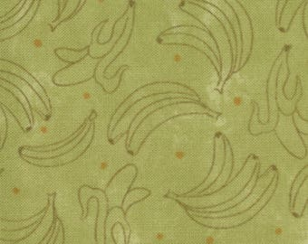 Lollipop by Sandy Gervais for Moda Fabrics, 17552-17 Bananas on Green