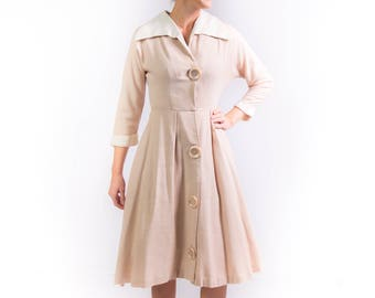 1950's New Look Lucy Shirtwaist Day Dress 50's Full Skirt Tan Small