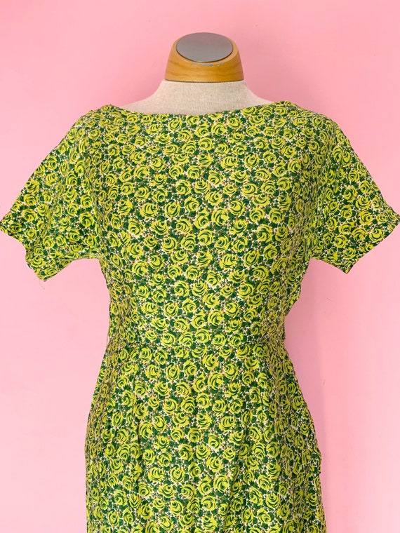1950's Green Rose Print Cotton Dress Size Small - image 5