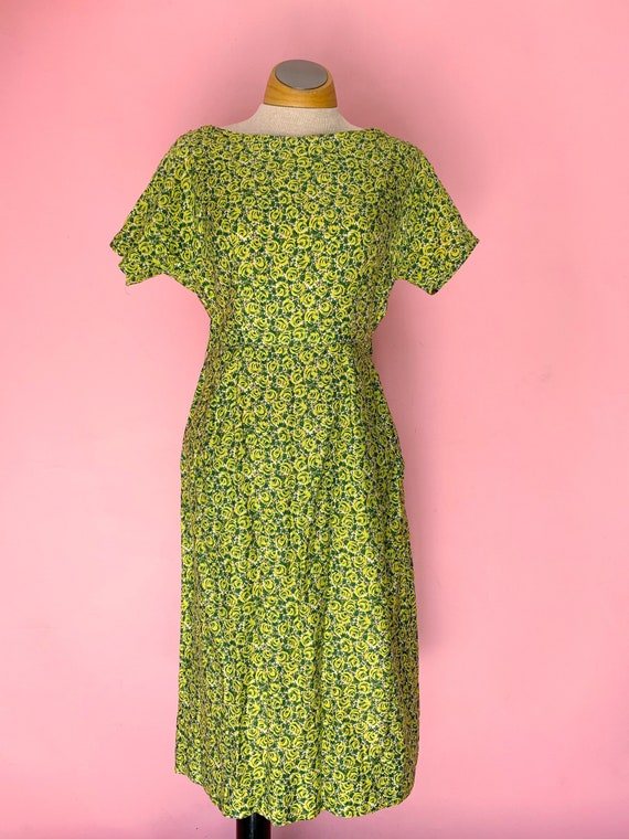 1950's Green Rose Print Cotton Dress Size Small - image 1