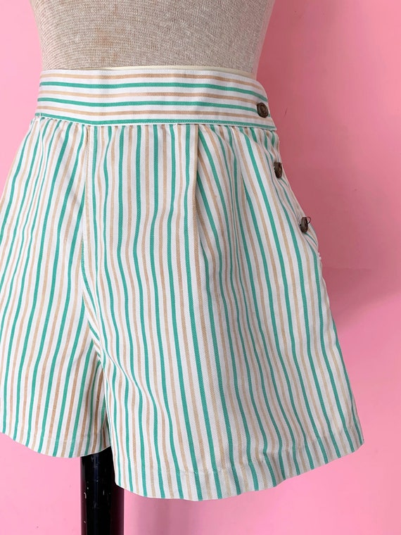 1940's Shorts 40's Striped High Waisted Shorts Siz