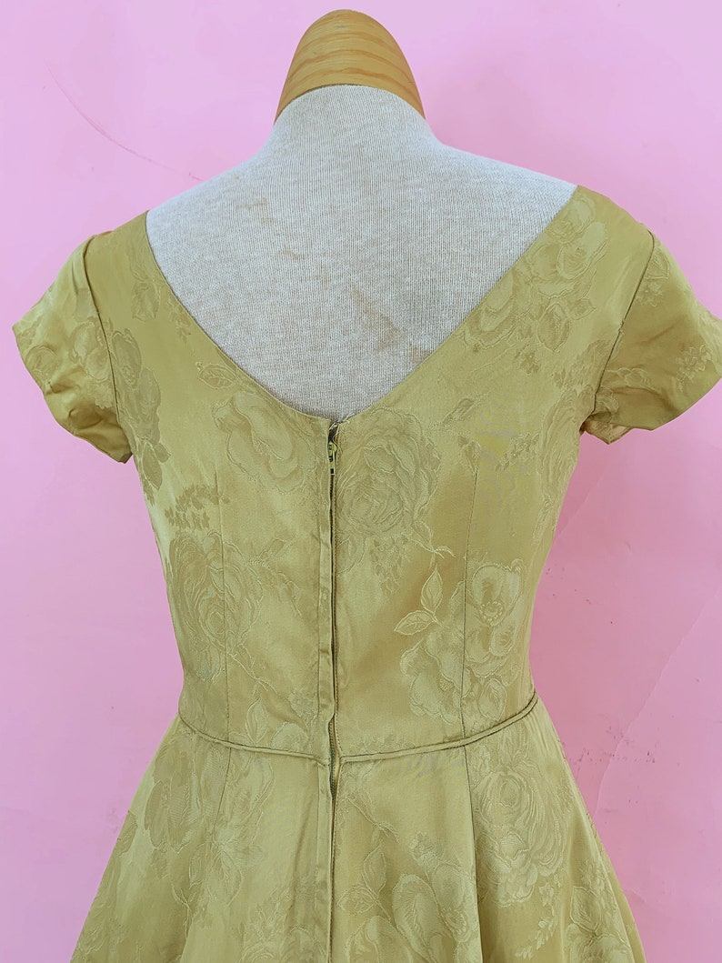 1950\u2019s Golden Roses Party Dress Small
