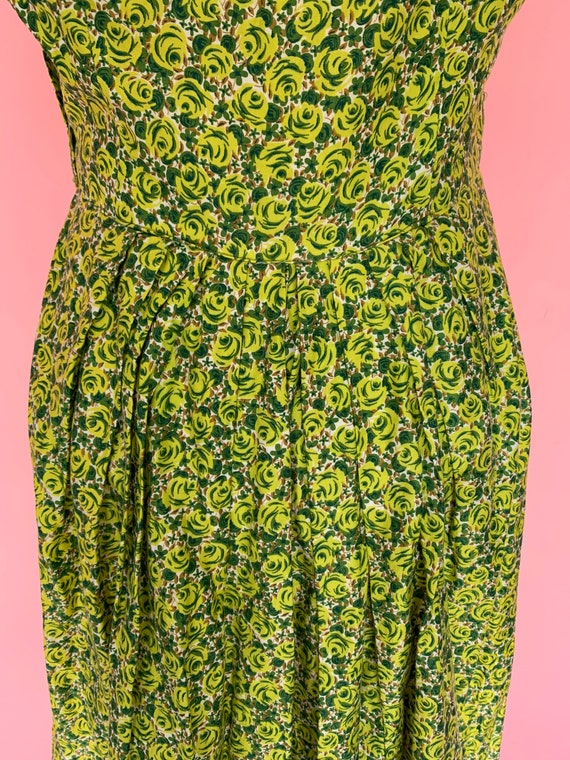 1950's Green Rose Print Cotton Dress Size Small - image 9