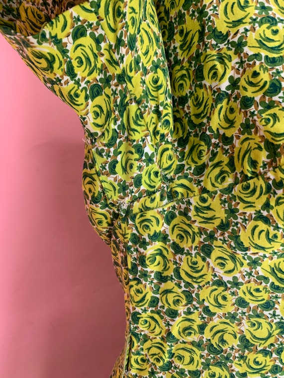 1950's Green Rose Print Cotton Dress Size Small - image 6