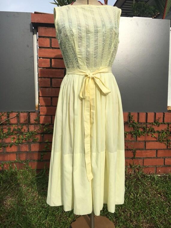 Summery L'Aiglon 1950s Cotton Day Dress Yellow Vin
