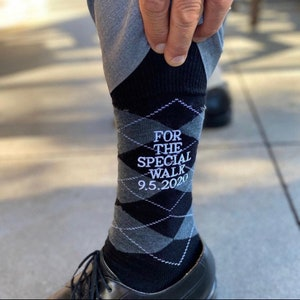 Penguin special walk Wedding Gift Dad Gift Father of the Bride gift Mens Dress Socks Groom Socks Father of the Groom socks