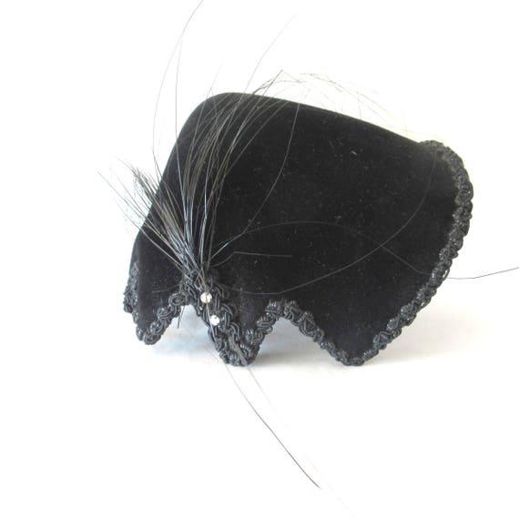 1940s Elsa Schiaparelli Hat Couture Fascinator Vel