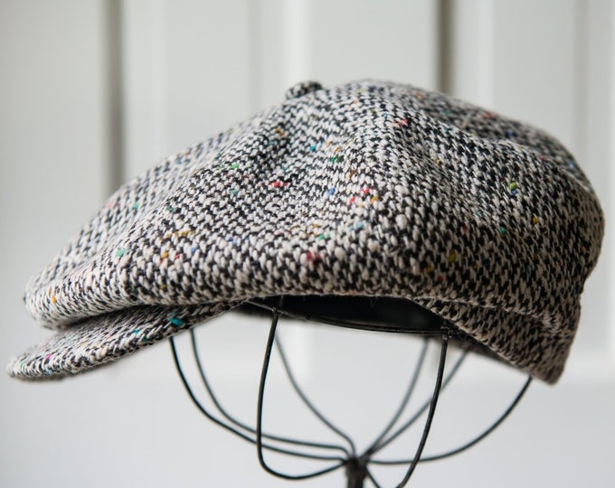 Vintage Parisian Lucien De Brabant et Frere black and white wool tweed newsboy cap | Size 7