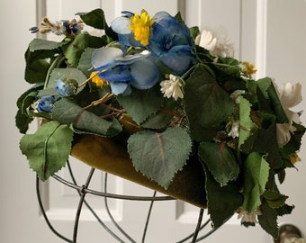 Vintage 50s Miss Alice floral pillbox hat with leaves flowers velvet trim Sz S