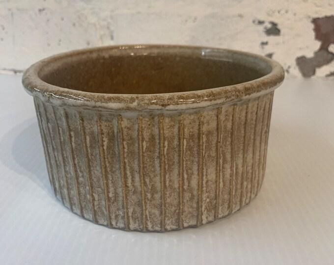 Vintage pottery shallow ridged crock or bowl