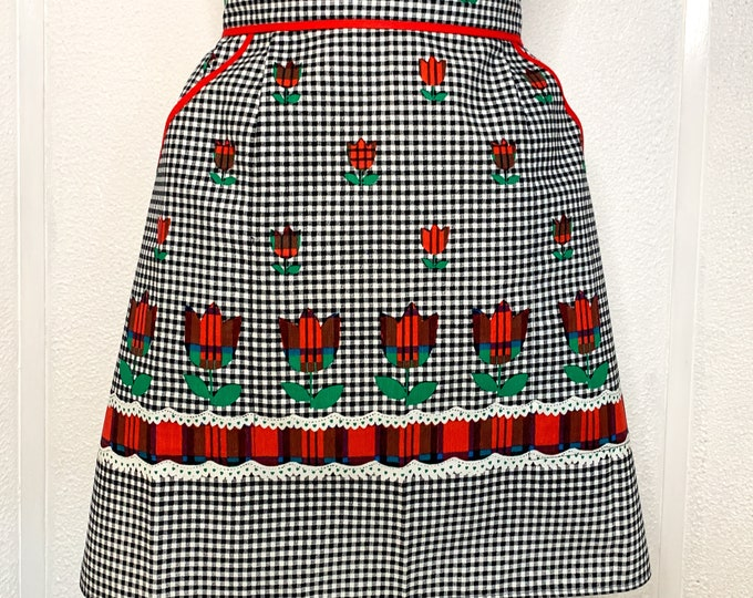 Vintage black and red half apron with gingham plaid tulip print, kitchen apron, MCM apron