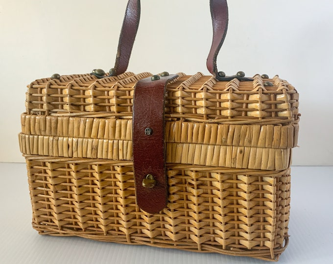 Vintage Etienne Aigner wicker basket handbag with leather handle and trim