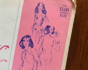 """Vintage 1970s Stretch and Sew sewing pattern 250 """"Tab Front Top with Cap Sleeves"""", for knit fabric by Ann Person, Size S - XL"""