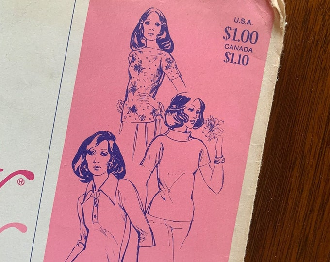 "Vintage 1970s Stretch and Sew sewing pattern 250 ""Tab Front Top with Cap Sleeves"" 