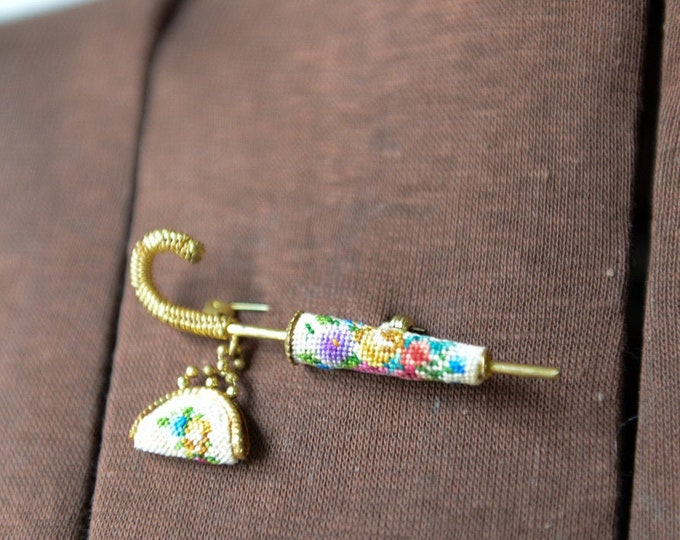 Vintage needlepoint umbrella & purse brooch in gold-tone setting, lapel pin