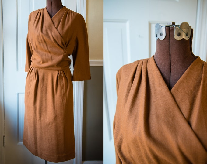 Vintage 1960s honey gold knit dress with wrap-look neckline and raglan sleeves | Carlye | Size S