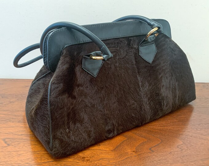 Jean Crisan Fourrures black purse in goat fur, leather and silk lining - made in Canada