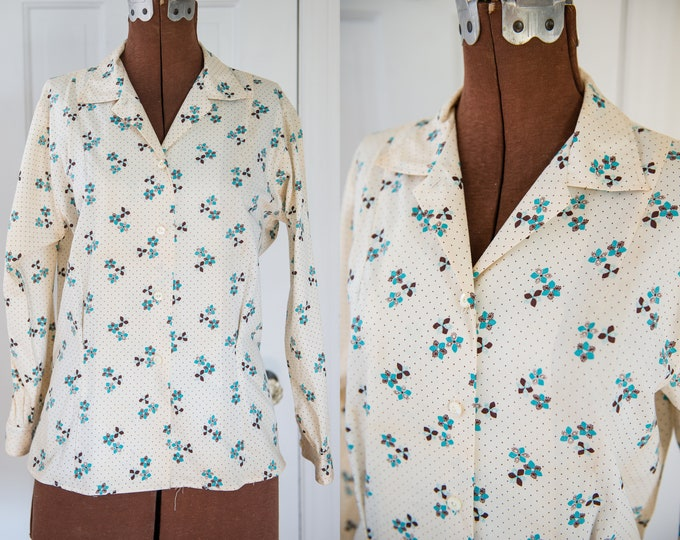Vintage Sz M 50s blue and brown floral cotton blouse with 3/4 sleeve, career blouse