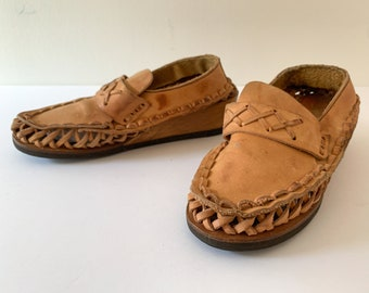 Vintage 1970s leather open weave loafers with wooden wedge heel, woven leather loafers, made in Brazil, size 5.5
