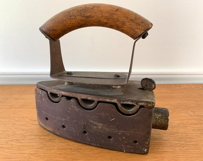 Antique Akron Gas Iron made in Akron OH