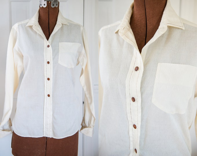 Vintage Sz M 50s 60s cream color cotton blouse with long sleeves and contrasting stitching, Ship 'n Shore