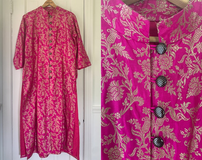 Vintage Asian-style embroidered magenta and metallic gold duster or tunic, size XL, NOTE FLAWS
