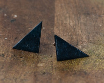 Vintage 60s handmade off-set triangle cufflinks made in enamel over copper, mod geometric cufflinks, mid-century cufflinks