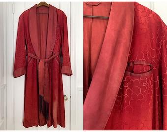 Vintage 40s 50s men's red smoking robe or bathrobe with shawl collar