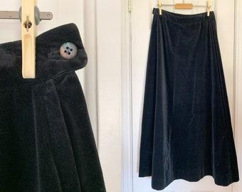 Vintage 1970s black velvet maxi skirt | Schrader Sport | Union Made | Size M