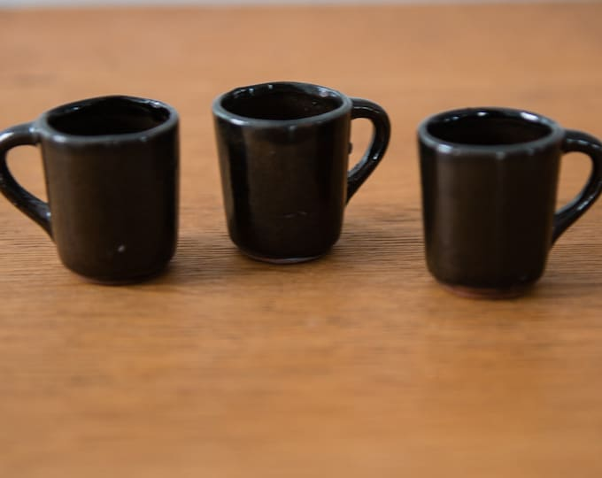 Vintage 3pc brown miniature redware ceramic mugs, tiny coffee cups