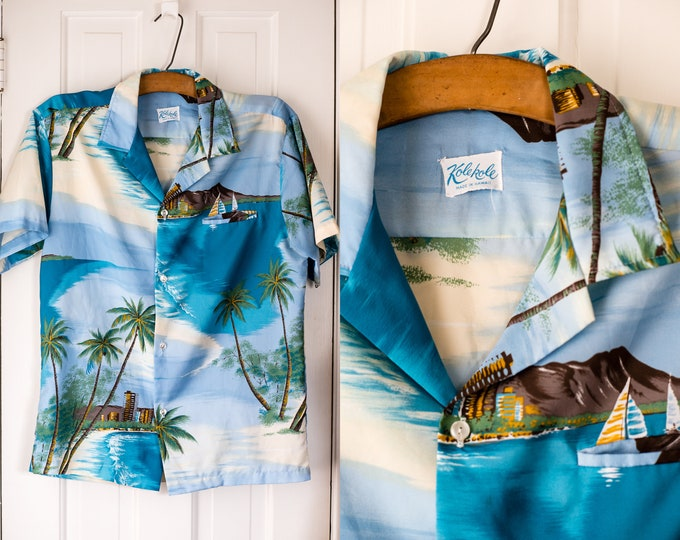 Vintage Kolekole 1970s short sleeve Hawaiian luau shirt with palm tree, sailboat and city motif | made in Hawaii | Size L