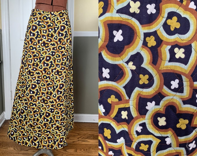 Vintage 1960s handmade quilted maxi skirt in mod geometric floral pattern | 60s boho skirt | Size S