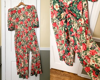 Vintage 1980s floral poinsettia jumpsuit with ruffles and bow detail | Christmas outfit | holiday jumpsuit | holiday print | Size S