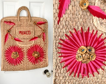 Vintage natural grass market bag or beach bag with pink & red yarn embroidery detail | Souvenir travel bag | Mexico beach bag