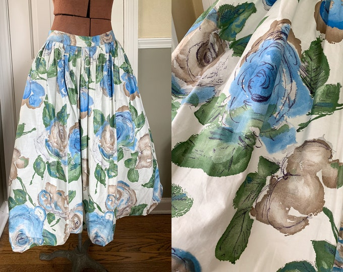 Vintage 1950s blue rose print bubble skirt or circle skirt with crinoline | Size M