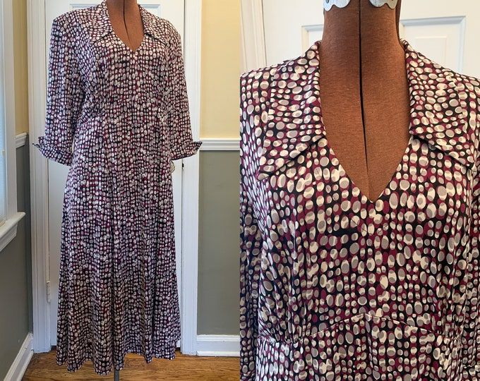 Vintage maroon and gray jersey polka dot career dress, 40s-look wrinkle free dress, Made by R & M Richards, Made in USA, Size XL