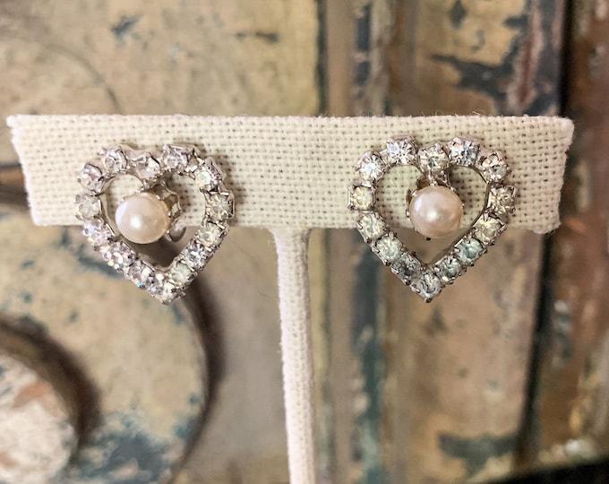 Lot of 5 pairs of vintage rhinestone screw back earrings, heart earrings, mid century jewelry