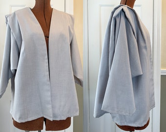 Vintage 1970s gray boxy blazer with exaggerated pleating/draping at the shoulders, minimalist jacket, Christina's, Size L
