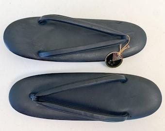 Vintage NOS black Japanese Zori sandals, traditional kimono accessories, Geisha costume, Japanese flip flops