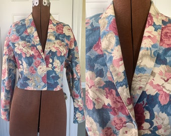 Vintage 1980s floral print cropped denim jacket, made by South Coast, Size S