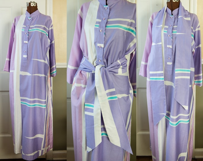 Vintage 1970s color block lavender & purple caftan dress with wide belt or scarf | Catherine Ogust for Penthouse Gallery | Size M/L