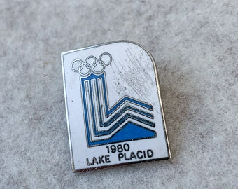 Vintage 1980 Lake Placid Olympic souvenir pin, enamel collectible pin