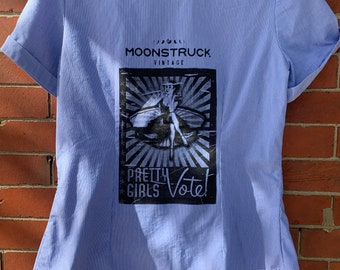 """Short sleeve blue pinstripe gathered front shirt with pin-up """"Pretty Girls Vote"""" hand silk-screen image, novelty blouse, M"""