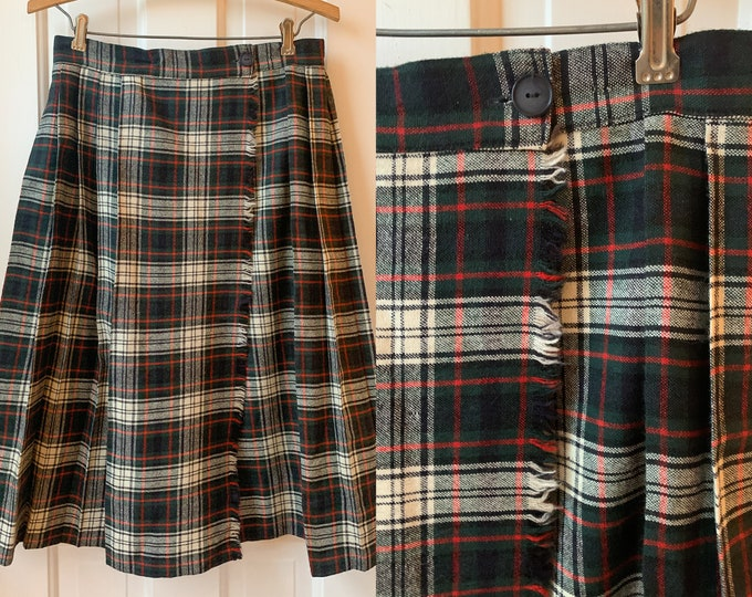 Vintage 60s wool wrap pleated tartan skirt in green, red & white Sz M